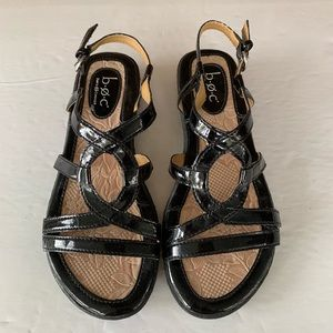Like new BOC black flat sandals